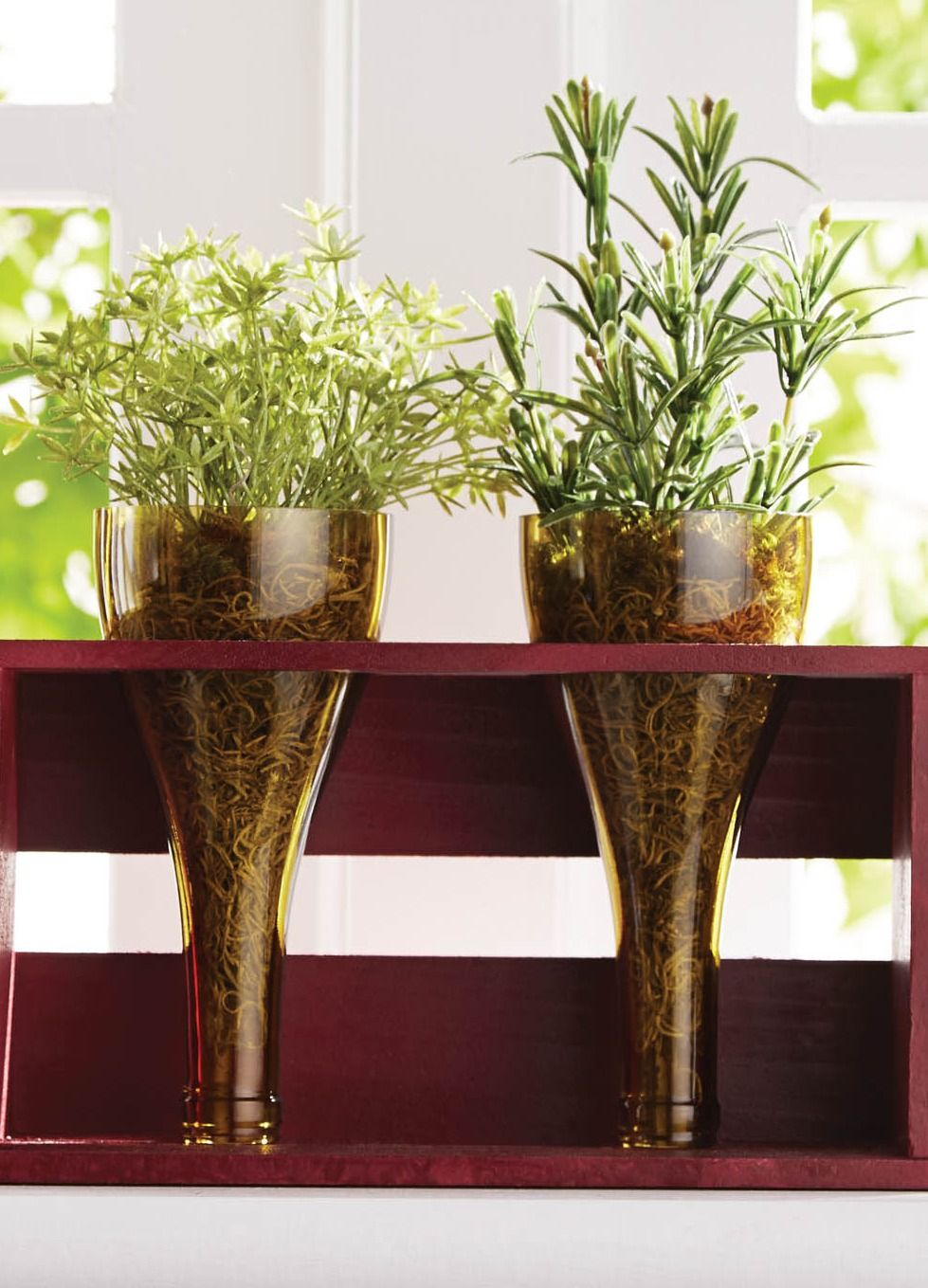Check Out This Easy Tutorial To Make An Indoor Herb Garden 400 x 300