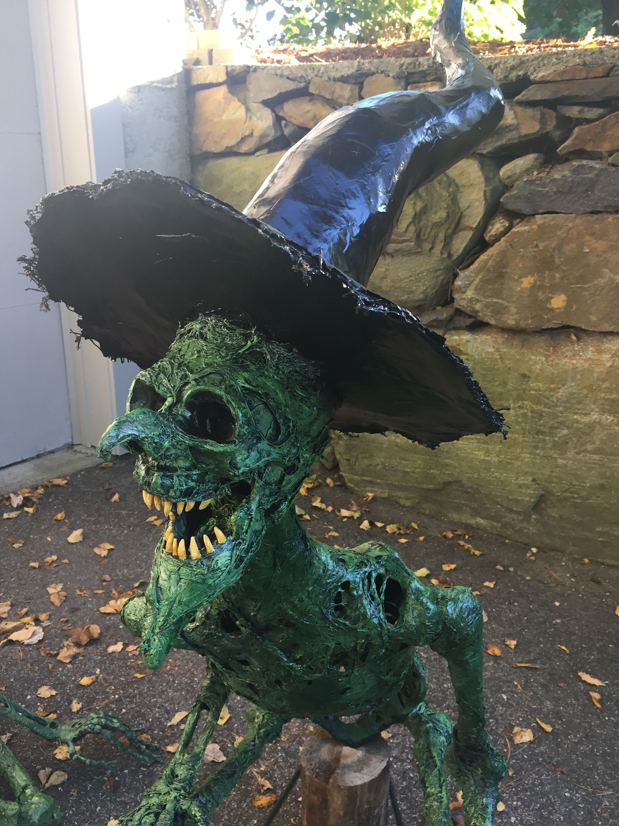 mfacebook/daveshauntedborough/ Random Halloween Ideas - Halloween Yard Decorations