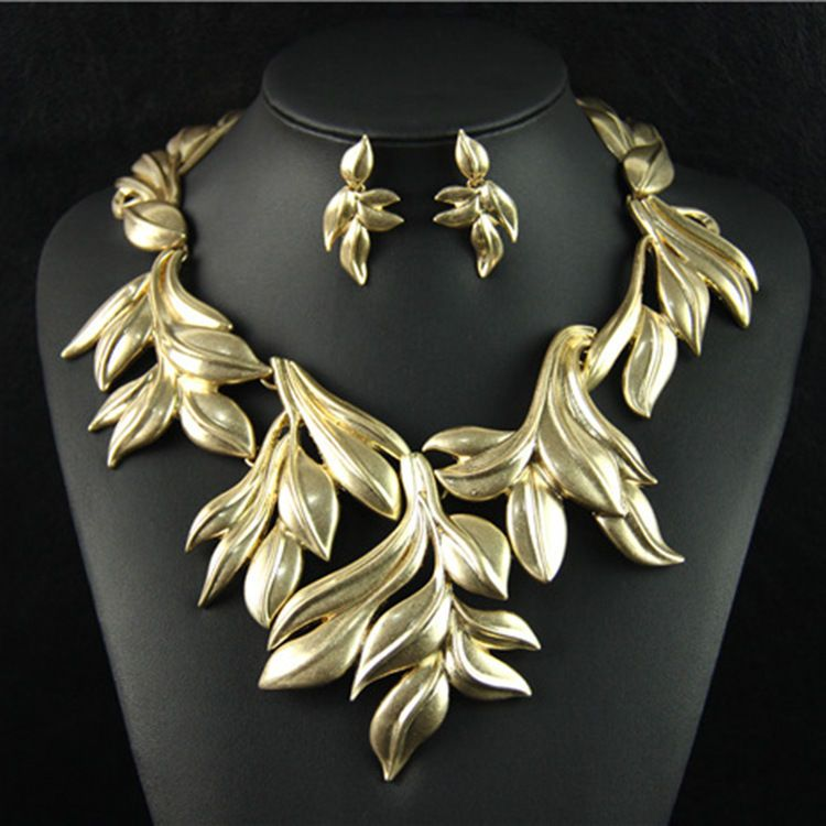 Designer inspired distressed gold tone leaf set statement necklace earring new