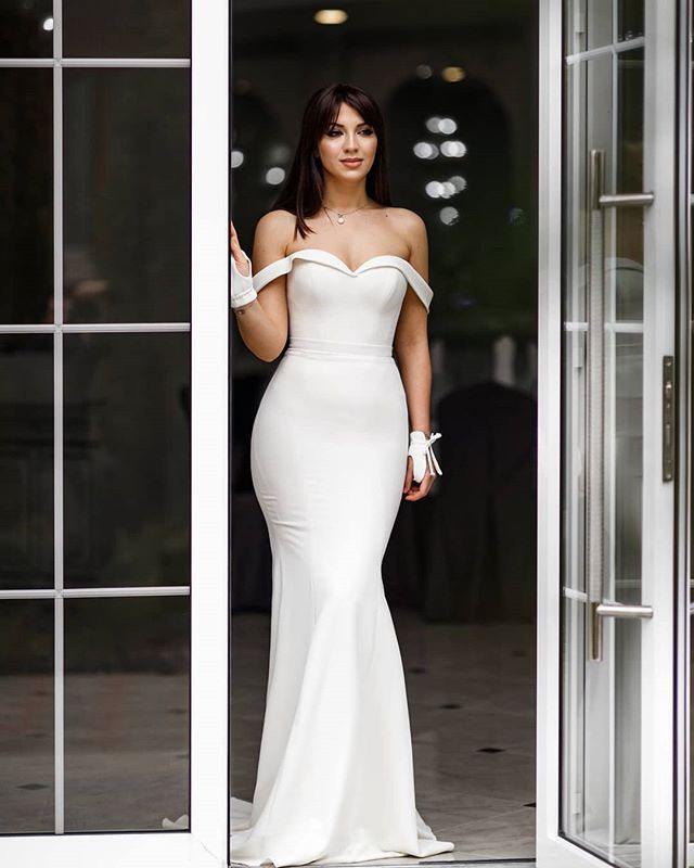 Style Axnf Maxine Wedding Dress Simple Yet Elegant This: Simple And #sleek Yet #bold And #chic. The Alexandra Dress