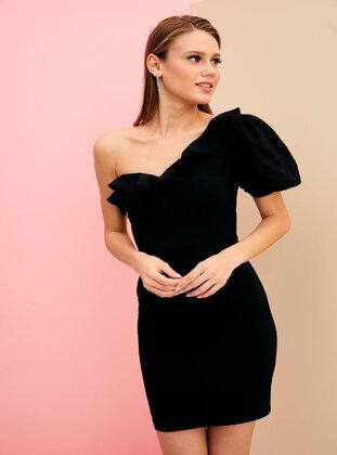 N Tek Omuz Dekolteli Elbise Siyah Defacto Siyah Elbise Siyah Elbise Elbise Moda Stilleri