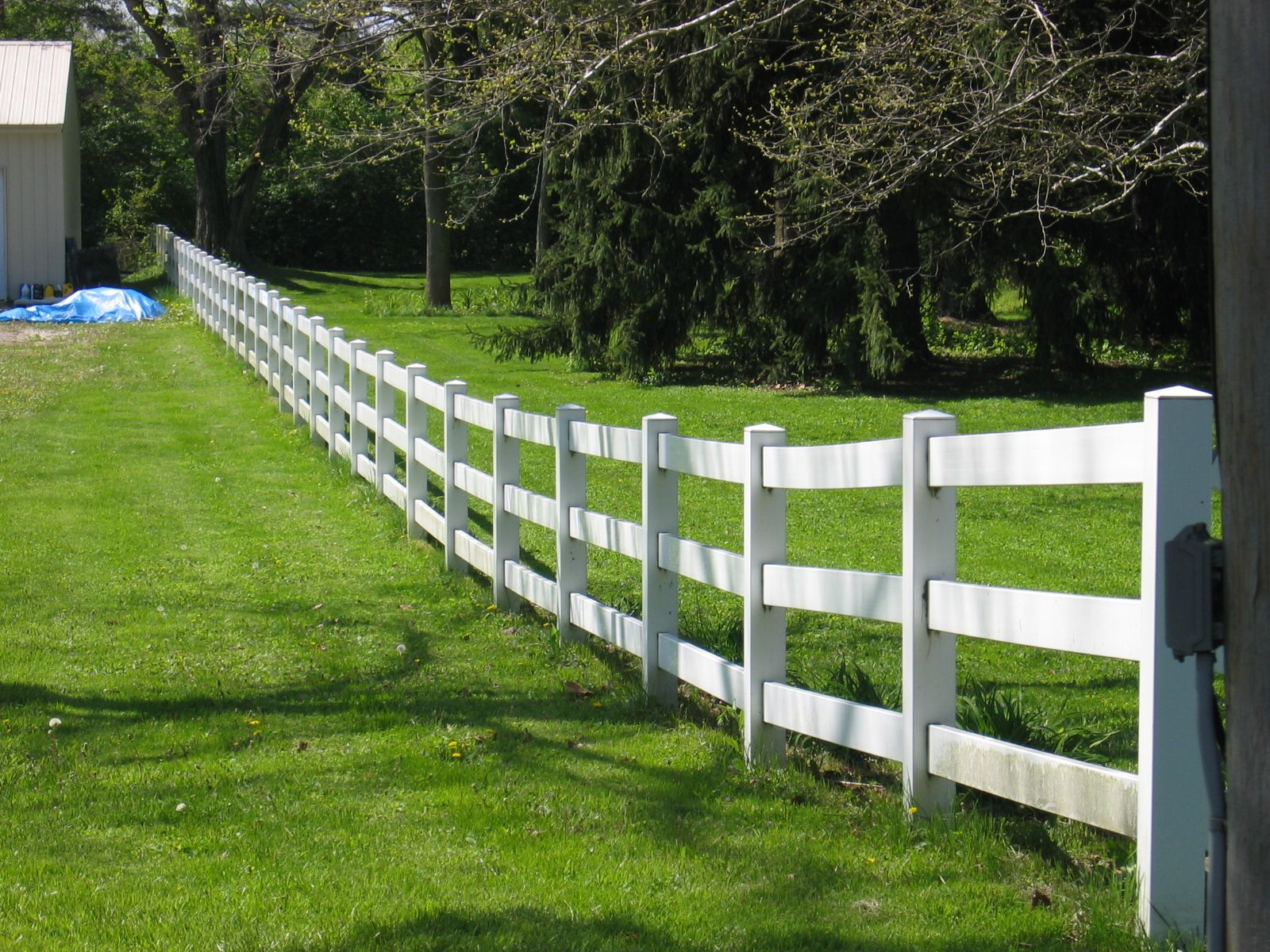 Selling Used Pvc Fence How Much Is A Shadow Box Fence Vinyl Fence Cost Horse Fencing Vinyl Fence