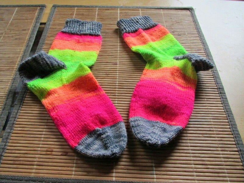 Neon Socken Knooking Socks Eigene Projekte Diy Pinterest