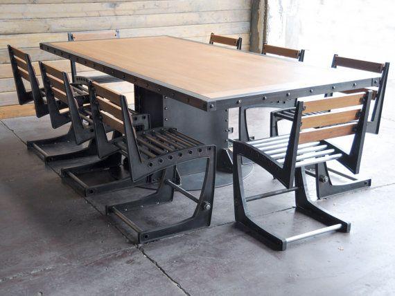 Vintage Industrial mesa de comedor y sillasTable and chairs