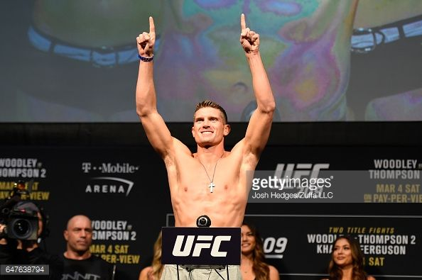 Stephen Thompson Poses On The Scale During The Ufc 209 Weigh In At Stephen Thompson Ufc Thompson