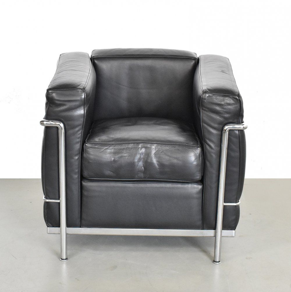 Lc2 Lounge Chair By Le Corbusier Pierre Jeanneret For Cassina