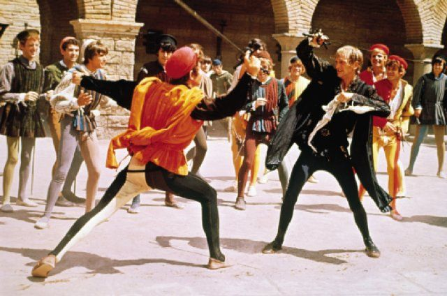 the battle between tybalt and mercutio Sometimes it's hard to keep track of what tybalt capulet is up to during romeo and juliet luckily,  mercutio challenges tybalt to a duel instead.