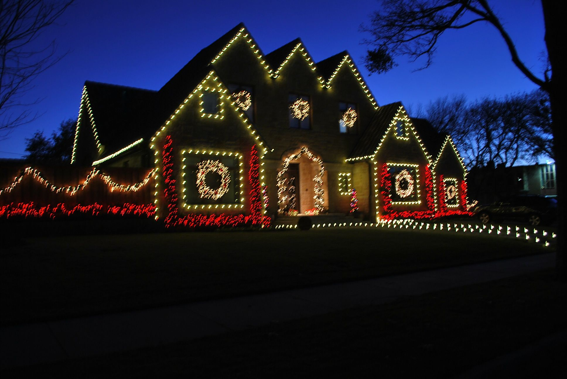 Christmas Windows Dallas Outline Many Sections Of Your Home With C9 Lights The Roof S Windo Best Christmas Lights Outdoor Christmas Lights Christmas Lights