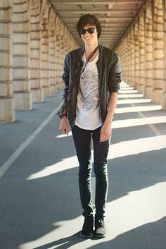 men in skinny jeans - Jean Yu Beauty