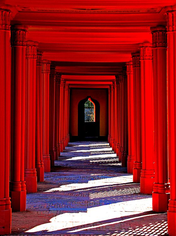 schloss schwetzingen, vibrant red. #architecture #arches