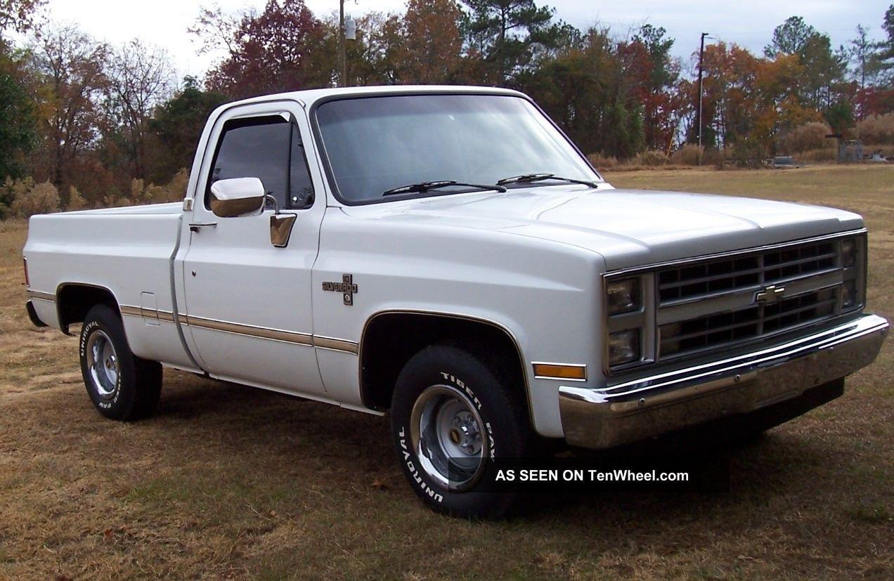 Chevy 3500 Dump Truck