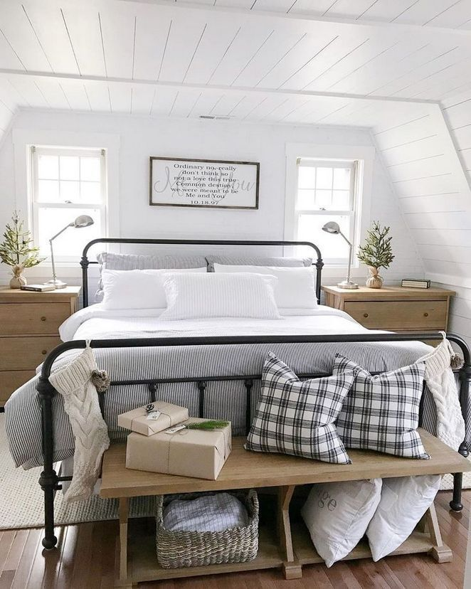 Like The Touch Of Black Against Soft Wood White Linens And White Walls Always Love Pop Of Live Gre Home Decor Bedroom Farmhouse Bedroom Decor White Bed Frame