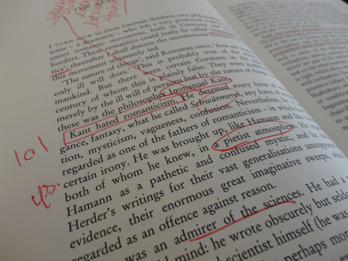 How To Teach Students To Annotate Their Reading Life Hacks For School School Study Tips Close Reading