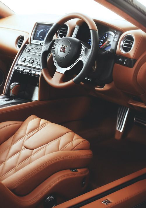 Black And Mahogany Car Interior Luxury Car Interior Nissan Gtr