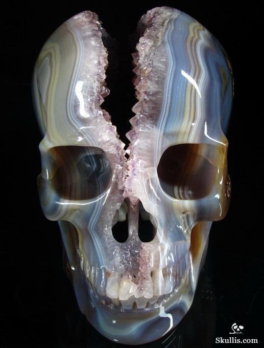 Agate geode skull carving from skullis gems and