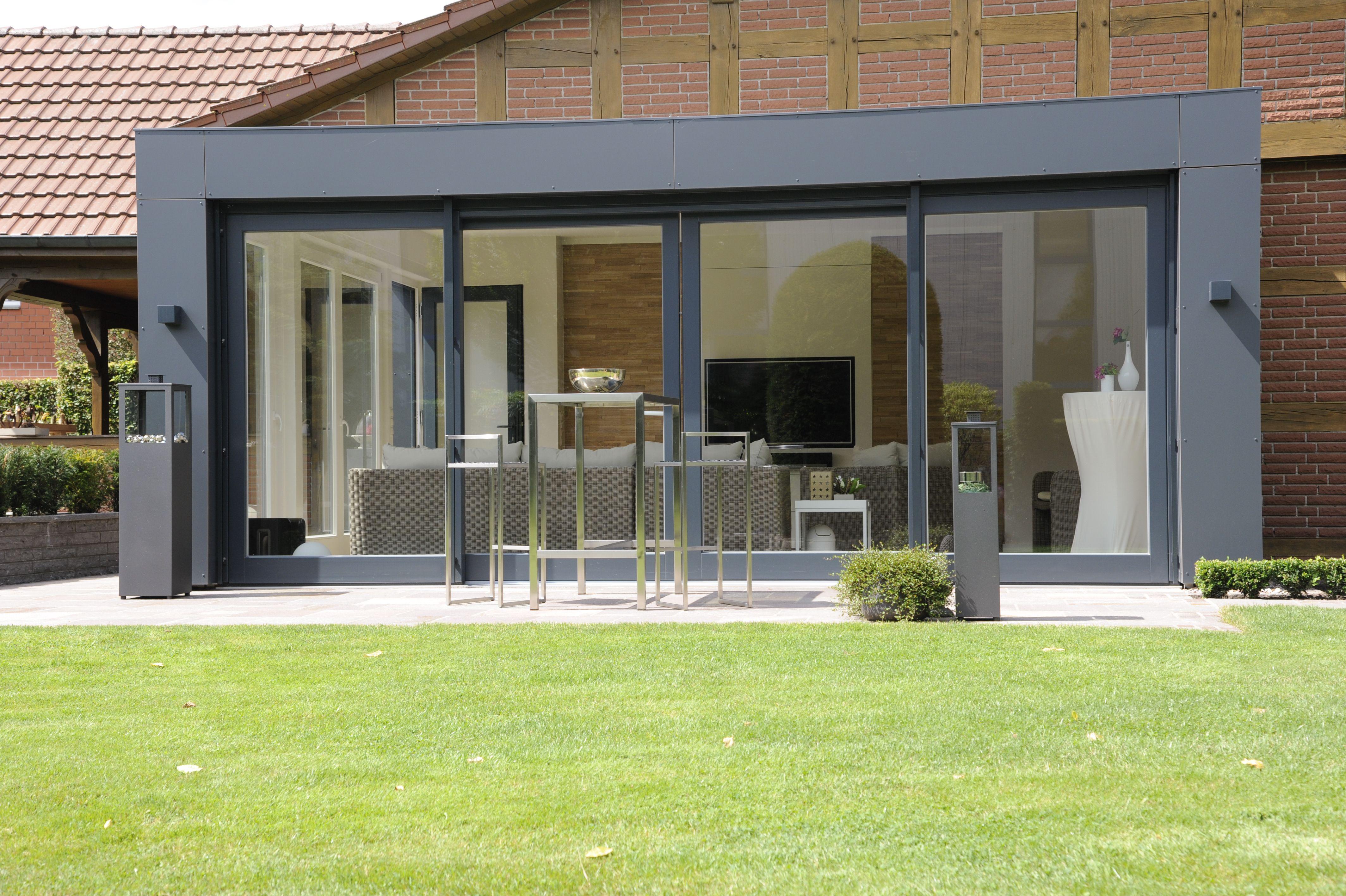 wintergarten wg 0370 modern kubisch hell von au en mit fassandenplatten verkleidet moderne. Black Bedroom Furniture Sets. Home Design Ideas