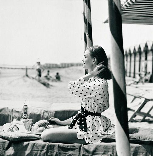 Cotton 1950s fashion beachwear from July 1956 Vogue