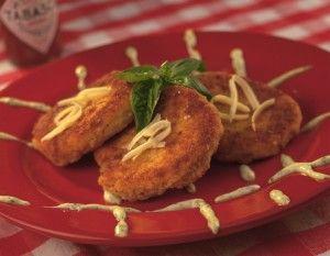 Deep fried spiced mozzarella and prosciutto  #appetizer #recipe #prosciutto