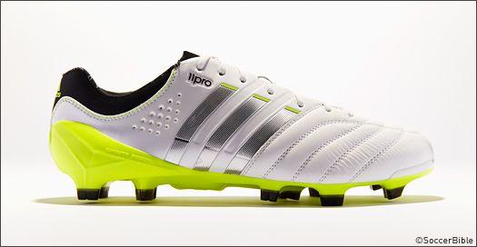 adidas 11pro boots