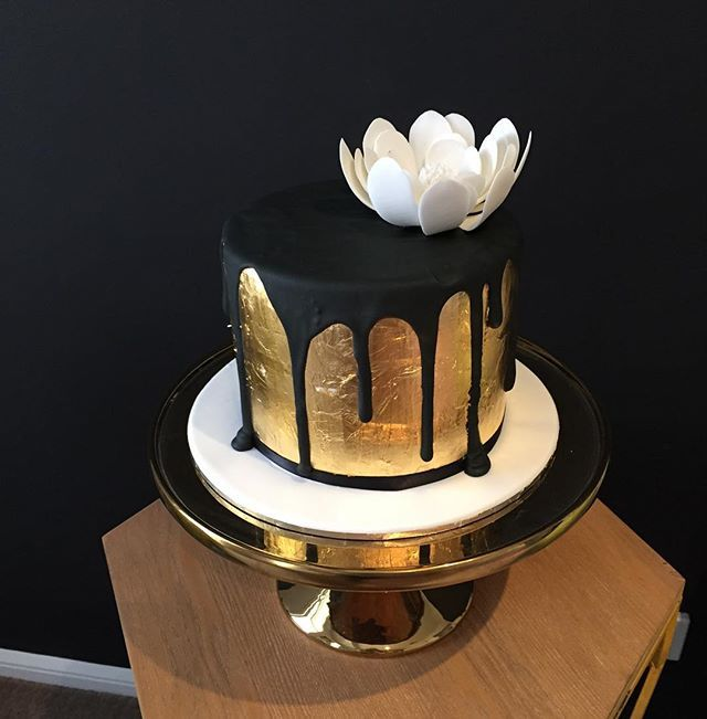 Gold Leaf Sugar Flowers And Black Drips Bliciouscakes