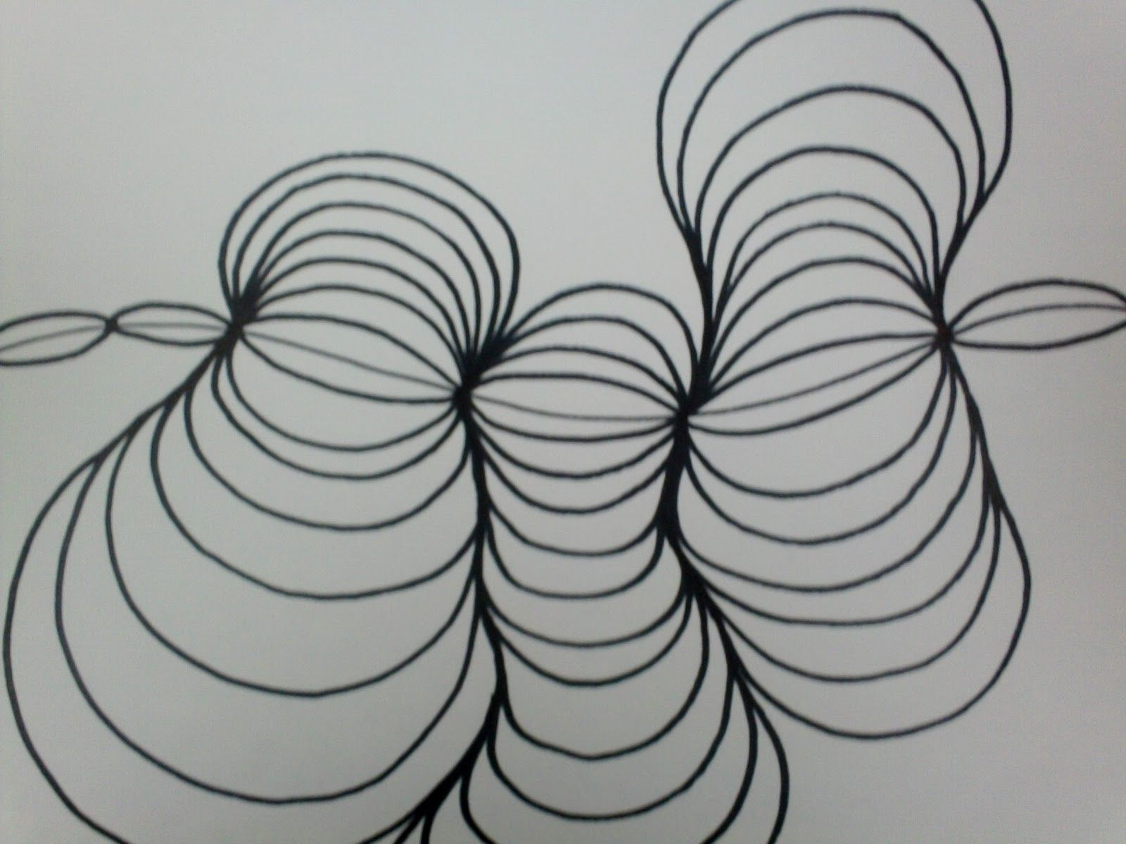 Line Design Art Project : Fun art project for kids one section at a time add larger and