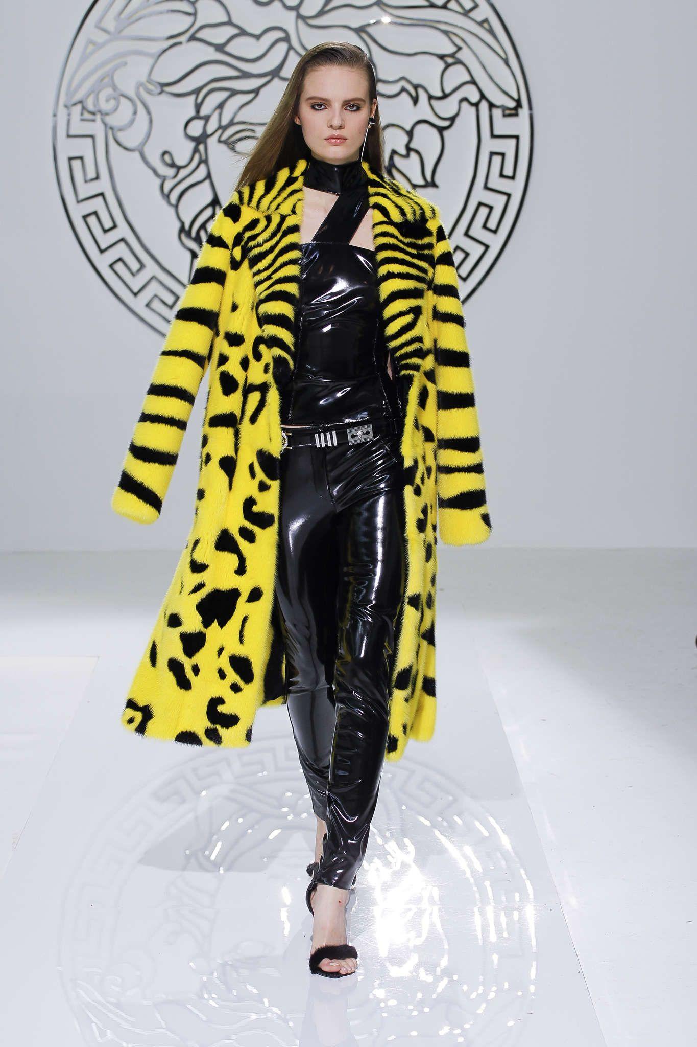 Versace Automne/Hiver 2013, Womenswear - Défilés (#14464)