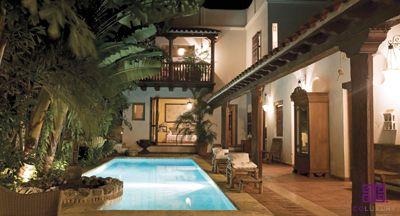 Dise o de interiores cartagena google search casas for Casas coloniales interiores