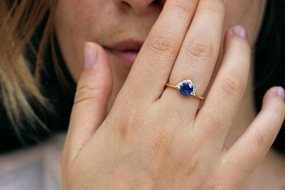sapphire it royal blue listing il carat round ring one engagement diamond