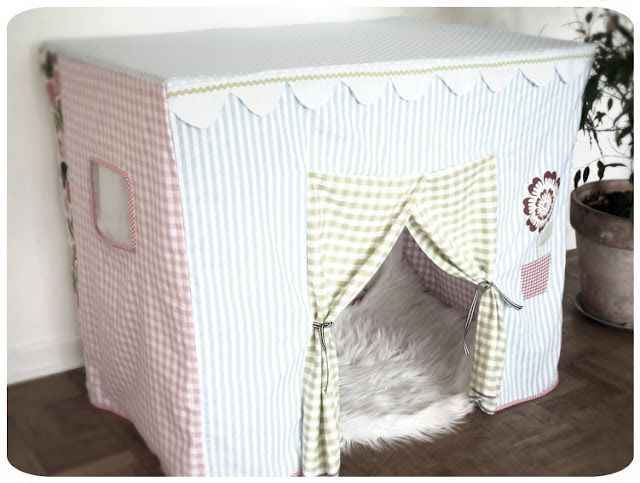 tischhaus kinderzimmer ideen pinterest kinderzimmer haus und spielhaus. Black Bedroom Furniture Sets. Home Design Ideas