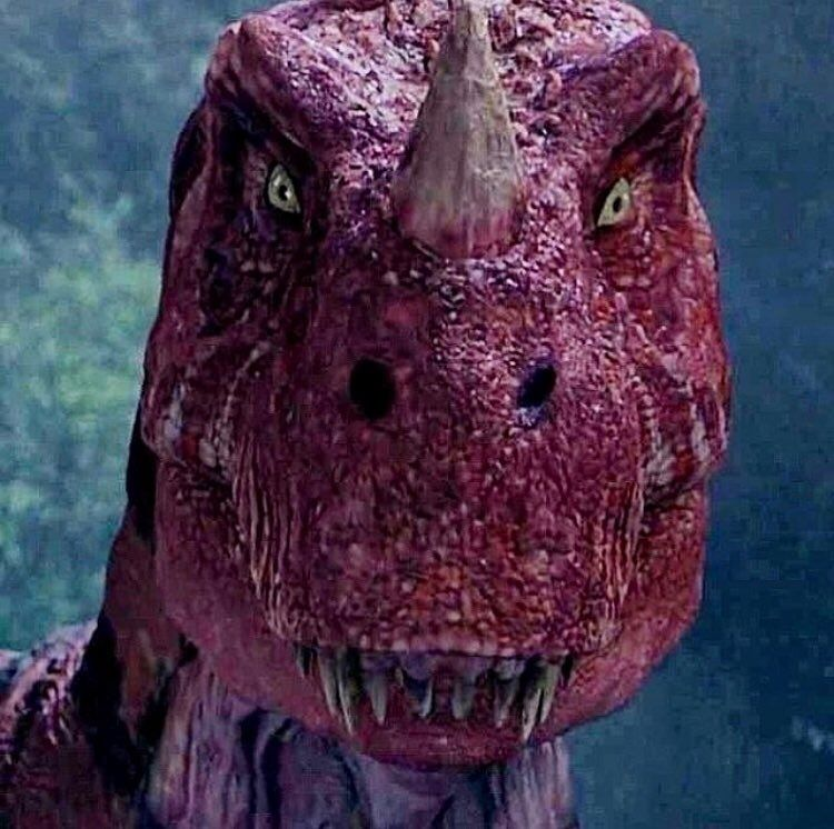 Can you guess the name of this dinosaur?..#jurassicworld2 ...