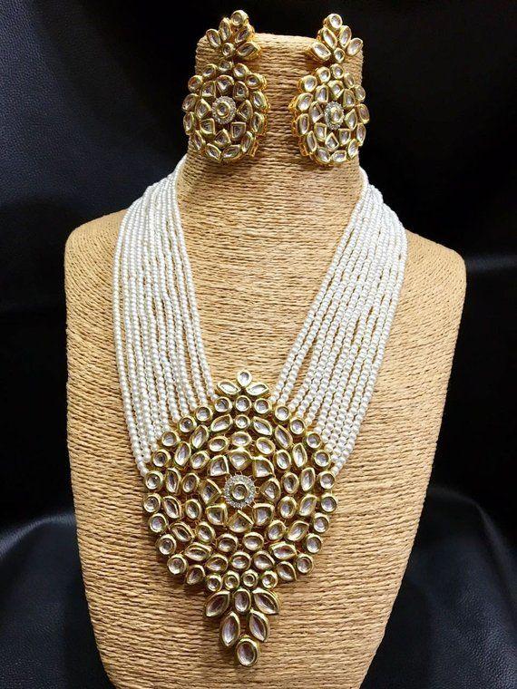 6a8115bdb0565 Beautiful White Kundan Necklace Set, Designer Kundan Jewelry With ...