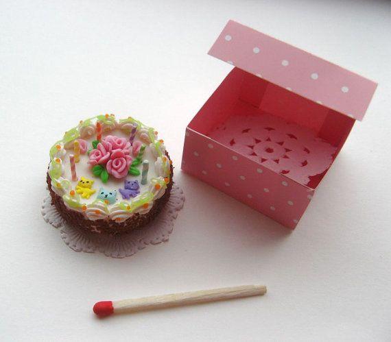 Dollhouse miniature cake for dolls