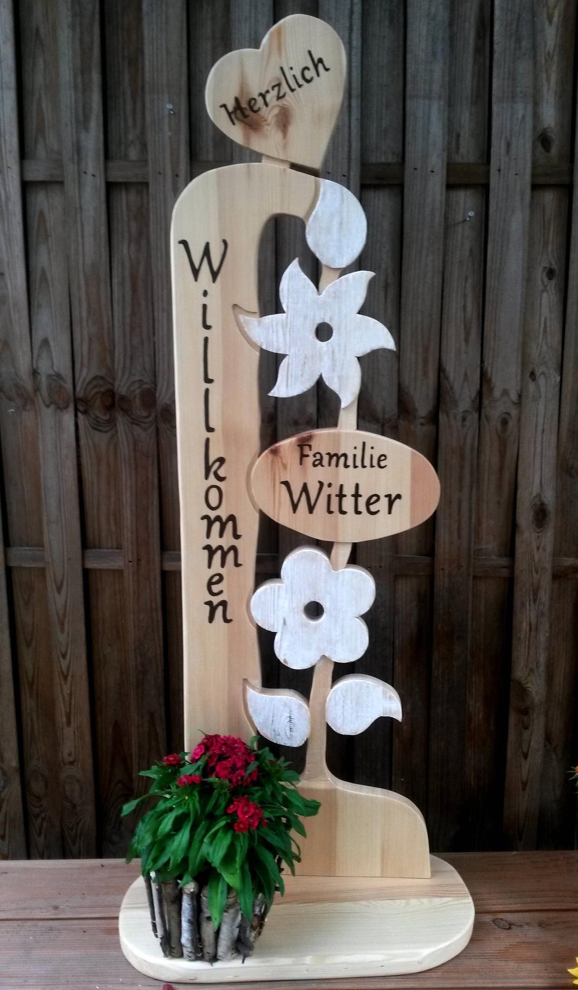 Herzlich Willkommen 110 M Stele Holz Familie Aufsteller Etsy In 2020 Wooden Flowers Woodworking Projects Diy Trophy Design