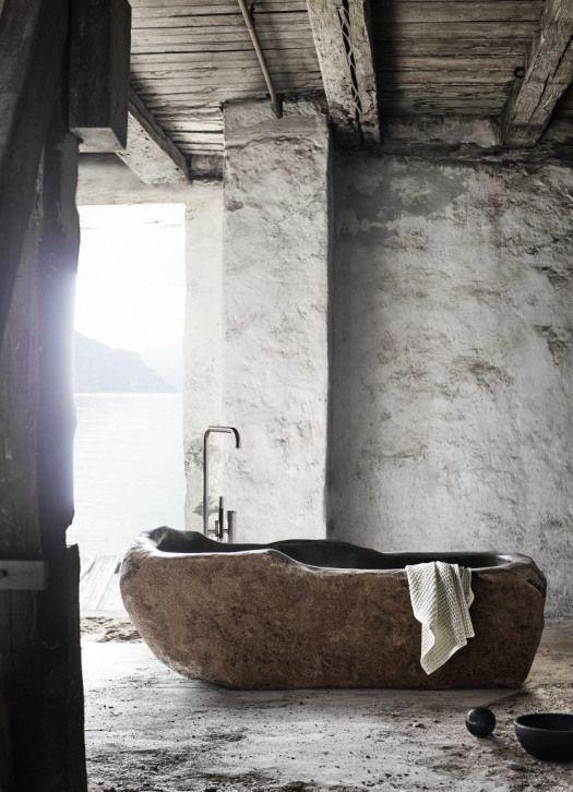 Photo of Muubsle-Stil in den rauen Rohstoffen weißen Steinmauerbalken ap …