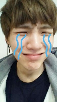the evolution of yoongis crying selfies