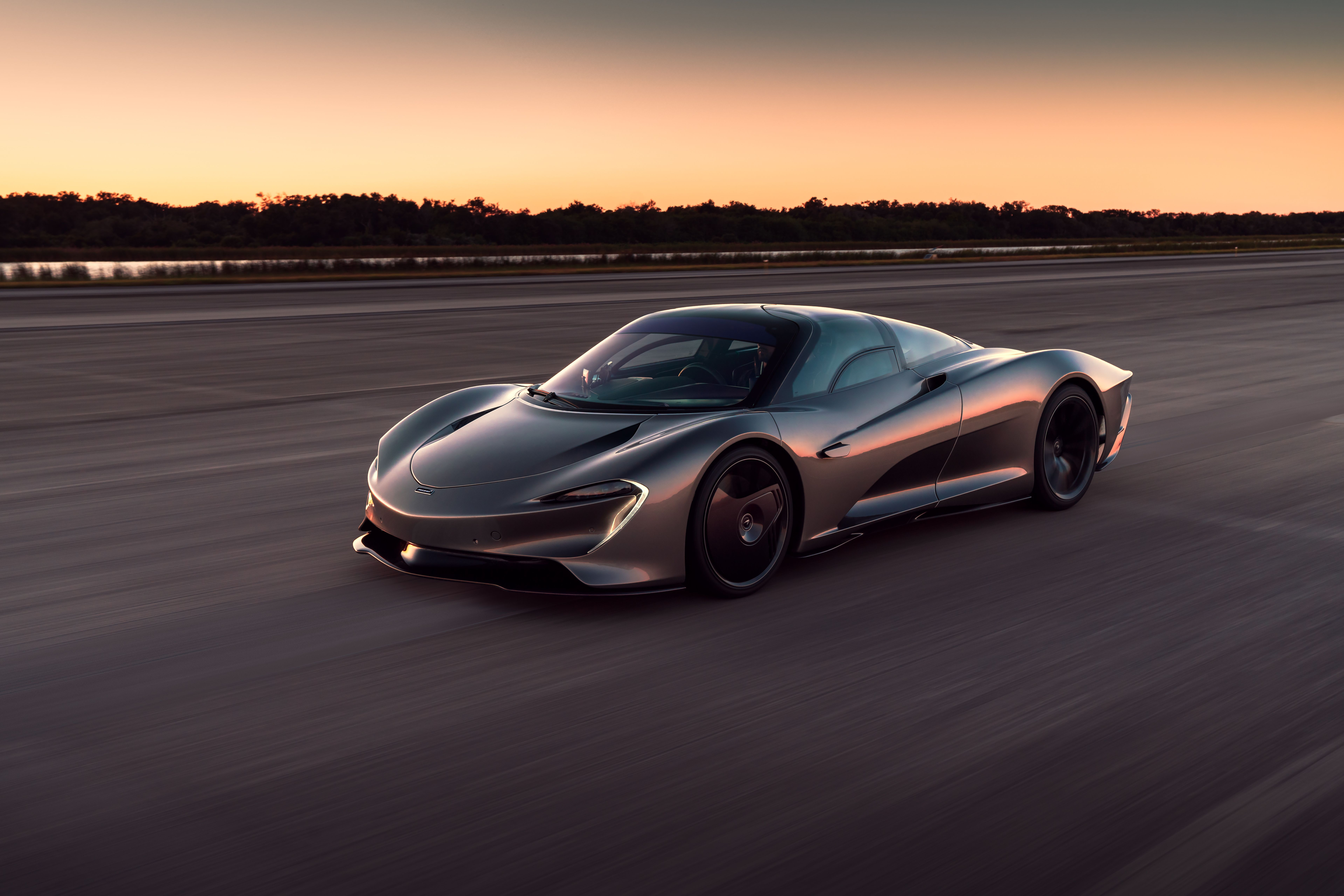 The Mclaren Speedtail Is Officially The Fastest Mclaren Ever Made Top Speed Fast Cars New Cars Power Cars