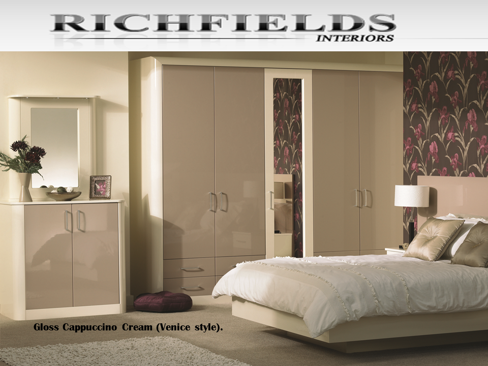 Schlafzimmer Wandfarbe Cappuccino In 2020 Schlafzimmer Design