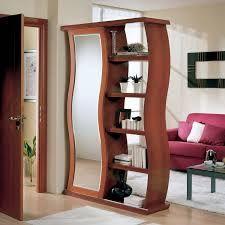 Ci concentreremo su progetti di design e sulla scelta di mobili, consolle, specchi ed elementi decorativi fino ad arrivare a. Risultati Immagini Per Mobili Per Entrate Moderne Living Room Divider Diy Room Divider Room Divider Walls