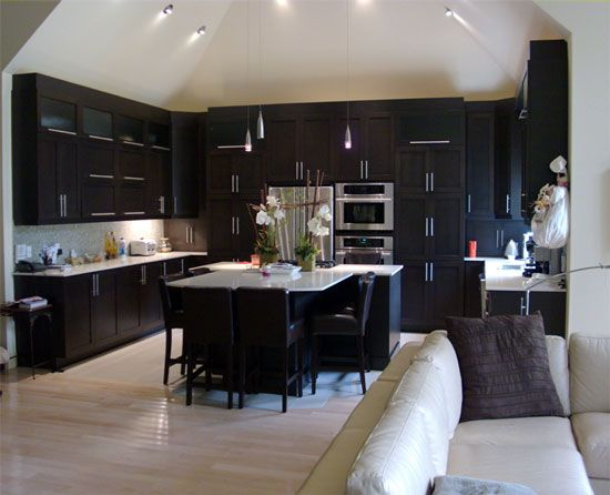 Like The Dark Cabinets That Go All The Way To The Ceilingwonder Gorgeous Kitchen Designs Dark Cabinets Decorating Design