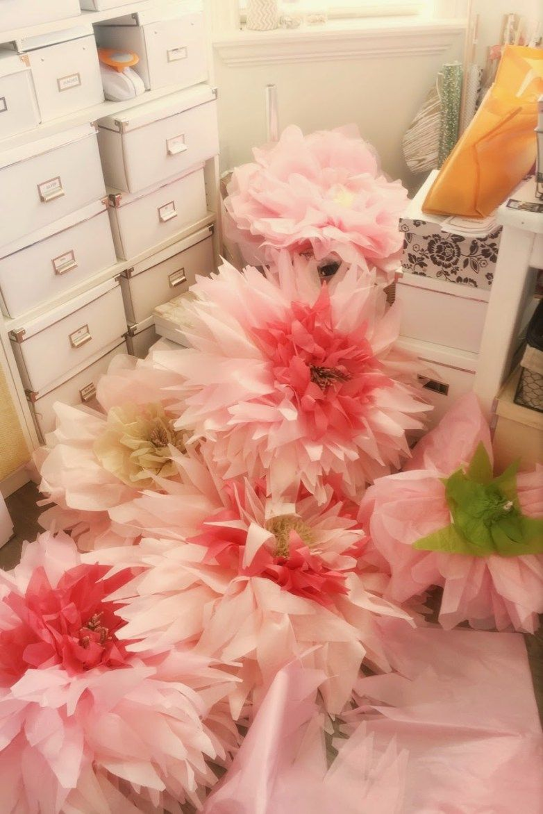 How To Make Giant Bendable Paper Flowers Stems Pinterest Paper