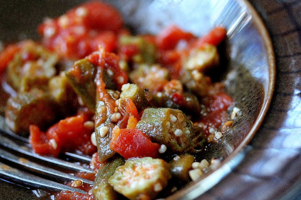 Okra and Tomatoes! Super simple and low calorie - only three ingredients - okra, diced tomatoes and a splash of olive oil....garlic to taste and some black pepper...if you do not like the sliminess of the okra, add some lemon to the pan as you are stewing it.. (before you add the tomatoes)...delish    #okra