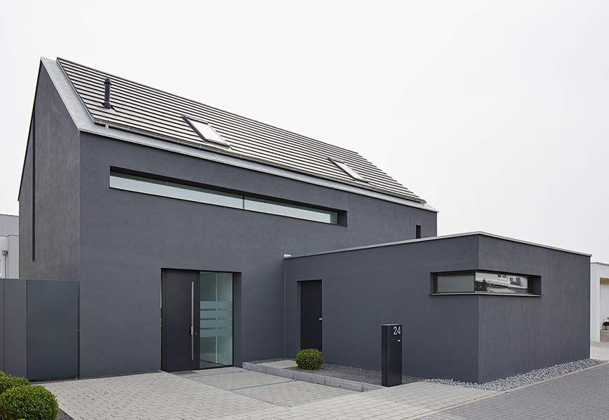 Neubau Eines Einfamilienhauses Mit Carport Architektur Haus Haus Architektur Fassade Haus