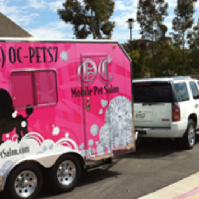 No I Don T Want A Mobil Pet Grooming Business But I Love This Pink Trailer Pet Grooming Business Mobile Pet Grooming Dog Grooming