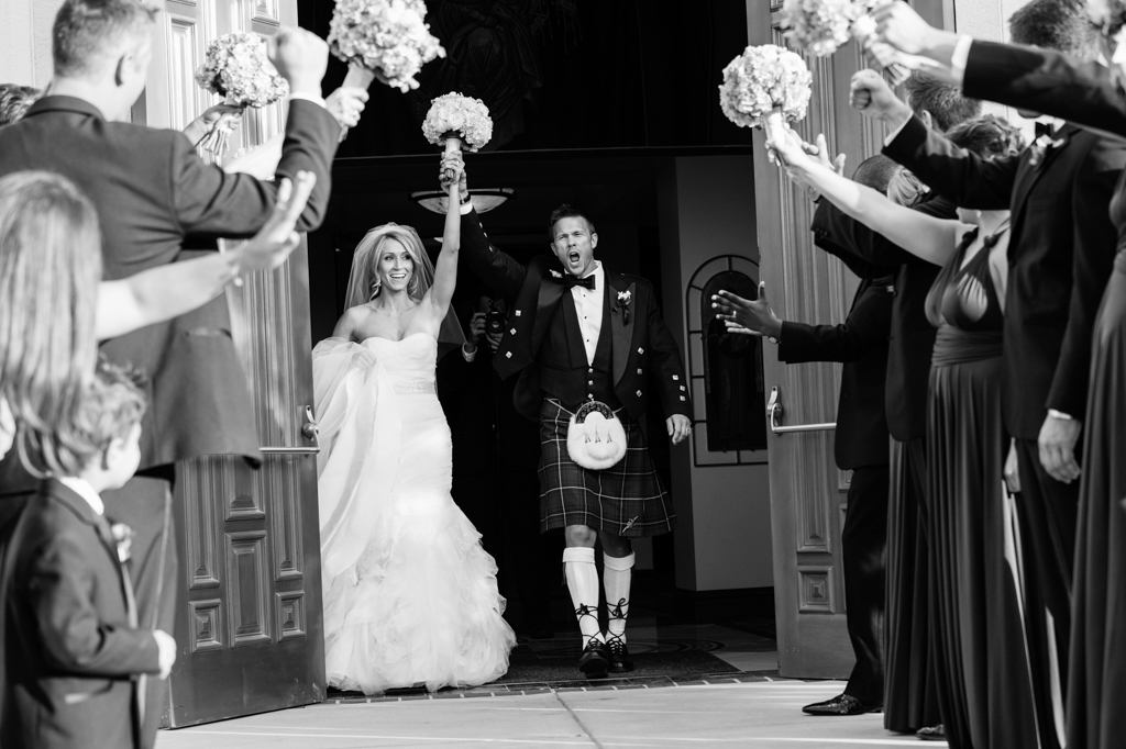 """Seven Wedding Photos You Can't Live Without """"Your wedding photography should reflect your wedding day story"""", explains Rodney Bailey, the owner of Wedding."""