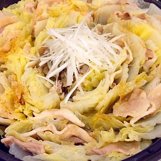 白菜と豚肉のミルフィーユ鍋。まいたけ入り。 - 9件のもぐもぐ - ミルフィーユ鍋 by Naaaoh70