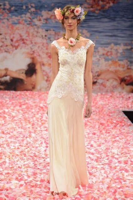 Abiti da sposa figlia dei fiori