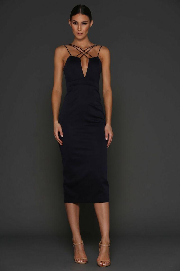 4d4551bddc6e Abiti eleganti economici e un vestito da cerimonia di sera di colore nero e  scollatura a