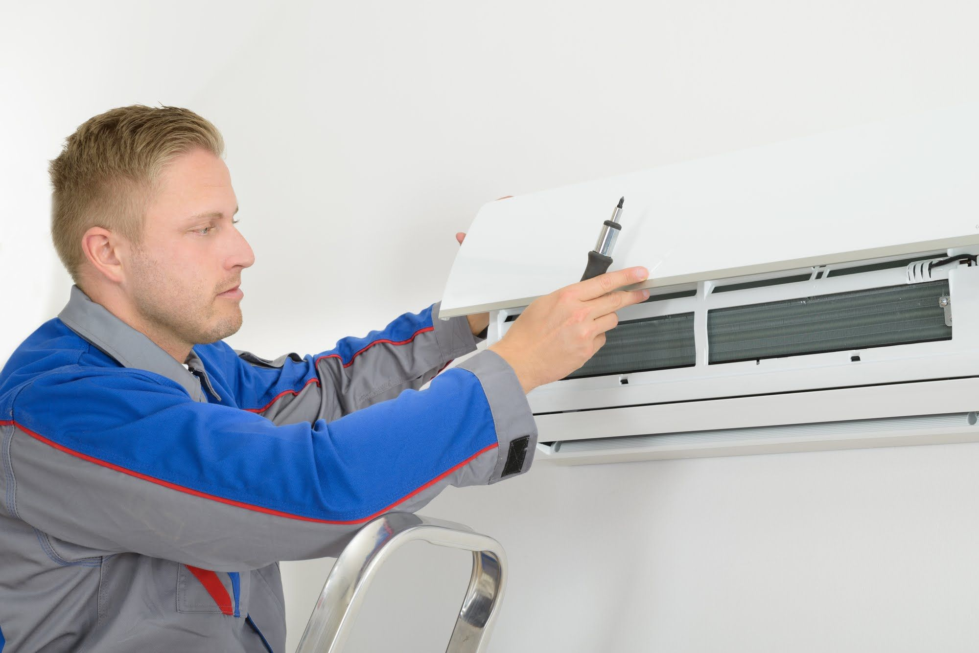 The air conditioner will take time to cool down the room