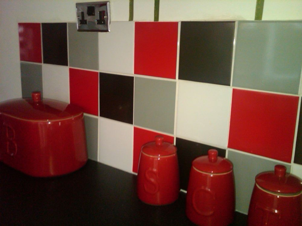 Tile Stickers Easy Fit Kitchen Bathroom Simple Diy 4 X Red Black Grey