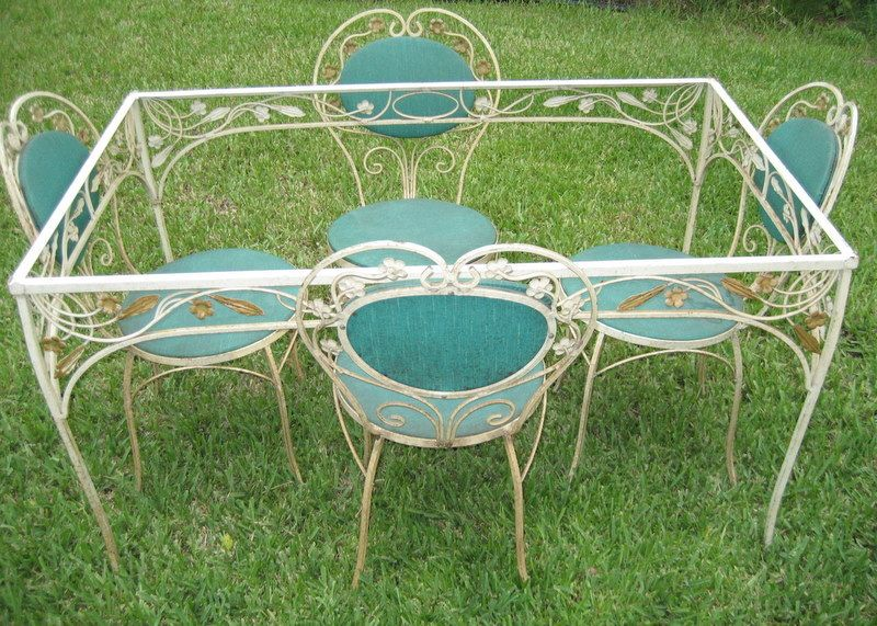 Salterini? wrought iron set offered on eBay for $1200.00 · Vintage Patio FurnitureIron ... & Antique Vintage Wrought Iron Upholstered Garden Patio Set Table ...